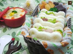 frog sandwiches of ham and cheddar, with corn stew, rice ball, and jelly.