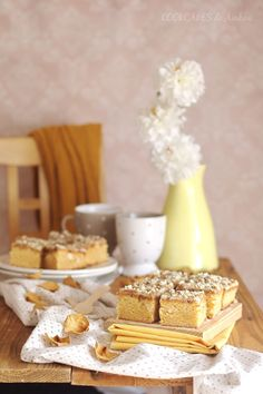 Blondie con speculoos y nueces de macadamia. Cookcakes de Ainhoa Krispie Treats, Rice Krispies, Brownies, Chocolate Blanco, Desserts, Food, New Recipes, Sweet Recipes, Tailgate Desserts