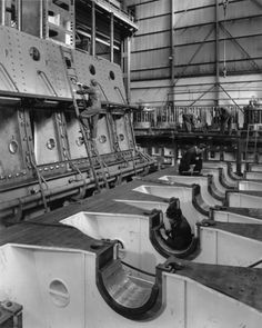 Work in progress on two Clark-Sulzer engines at the Southwick Engine Works of George Clark (Sunderland) Ltd, May 1963 (TWAM ref. In the foreground is the bedplate of an engine for the refrigerated cargo vessel 'America Star' under c Marine Engineering, Engineering Firms, Merchant Navy, Merchant Marine, Nautical Interior, Naval History, Maurice, The Old Days, Environmental Design