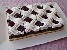 Hófehérke szelet – Ne hagyjátok ki :-) Egy kóstolóval nem érnéd be! Hungarian Desserts, Hungarian Recipes, Bakery, Dinner Recipes, Food And Drink, Pie, Favorite Recipes, Sweets, Snacks