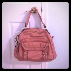 Great purse w lots of pockets. Used maybe twice Gorgeous pink salmon color, lots of pockets for all sorts of things! No shoulder strap Bags Shoulder Bags