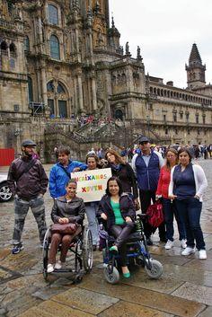 En Santiago Louvre, Street View, Building, Travel, Santiago, Activities, Voyage, Buildings, Viajes