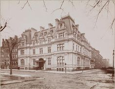The J.J. Astor IV residence designed by Richard Morris Hunt c. 1896.