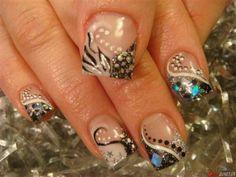 Cute short nail design