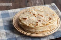 Tortillas de harina para fajitas. Receta mexicana 250g harina 50 ml de aceite de oliva o margarina,  125 ml de agua aproximadamente,  6 g de sal,  2 g de levadura química.