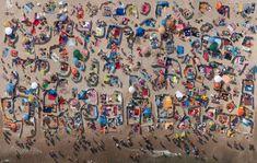Focus sur les séries de photos aériennes du photographe polonais Kacper Kowalski, après sa nomination pour les Sony World Photography Awards...