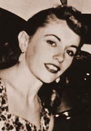 Poss greatest bassist of all time. x Carol Kaye, studio musician, writer, publisher and educator of famous bassists. Nancy Sinatra, Brian Wilson, Joe Cocker, Carol Kaye, Les Doors, Studio Musicians, Star Of The Day, All About That Bass, The Beach Boys