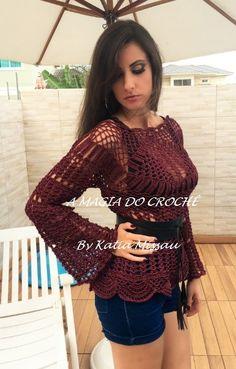 Lançamento!!   Olá amigas, leitoras e seguidoras do meu blog.   Elaborei a receita da blusa Atenas, estilo hippie chic que será sucesso ...