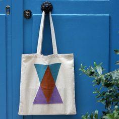Tote bag motifs géométriques en cuir Morning by Foley : à essayer avec le morceau de cuir argenté de @Corentine Georges Georges chez Motif Personnel