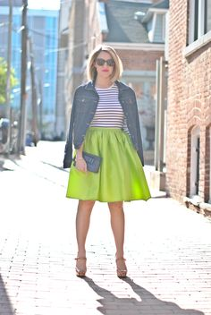 A Lacey Perspective: Big, Bold & Bright