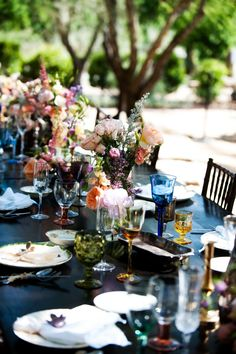The Frosted Petticoat: Downsized Dreams  Stunning wedding!  Love the coloured glassware