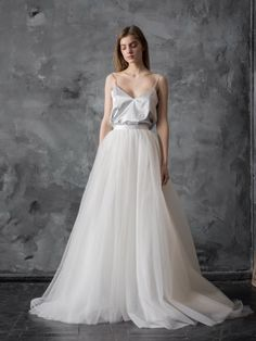 A selection of some of the most beautiful bridal separates you can buy today – perfect for the modern or bohemian bride! Tulle Wedding Skirt, Bridal Skirts, Tulle Prom Dress, Wedding Party Dresses, Prom Dresses, Wedding Attire, Bridesmaid Dresses, Two Piece Wedding Dress, One Shoulder Wedding Dress