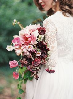 French Chateau Wedding Inspiration to Sweep You Off Your Feet Fine Art Wedding Photography, Wedding Photography Inspiration, Art Photography, Photography Flowers, Photography Projects, Pink Wedding Colors, Floral Wedding, Ribbon Wedding, Wedding Flowers