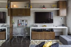 Pack more into a 300 square foot apartment with transformer furniture : TreeHugger