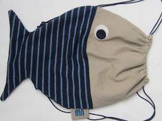 Neem eens een vis op je rug! Leuk cadeautje voor... een dagje strand, logeren bij oma en opa, naar de bib, sporten, zwemmen,... ...