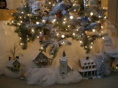decorating with tulle Christmas Mantels, Christmas Deco, White Christmas, Christmas Trees, Christmas Crafts, Tulle Decorations, Decorating With Christmas Lights, Holidays And Events, Masters