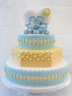 Blue Nosed Monkey wedding - by CakesbyHeatherJane @ CakesDecor.com - cake decorating website