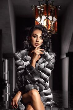 Chinchilla Coat, Under My Skin, Fiery Red, Fur Coats, Furs, Nice, Women, Fashion, Chinchilla Fur