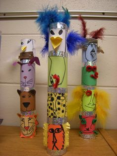 Colorful totem poles are fascinating symbols of Native American cultures. Take a look at these Totem Pole Craft Projects For Kids, which can be made from recycled material such as plastic bottles, tin cans or egg cartons. Native American Projects, Native American Art, American Symbols, American Women, American Indians, American History, Craft Projects For Kids, Art Projects, Totem Pole Craft