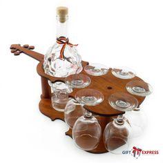 Ofera cadouri personalizate persoanelor dragi!  In timp ce cadourile personalizate sunt cele mai alese tipuri de cadouri pentru persoanele importante, noi va putem oferi o gama variata de solutii pentru crearea acestora. Cel mai popular tip de cadou este cel care contine si o sticla de vin. De aceea va oferim oportunitatea de a o...  http://articolebiz.ro/ofera-cadouri-personalizate-persoanelor-dragi/