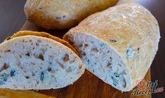 Jednoduchý recept na domácí chlebíček. Krásně nadýchaný, měkoučký a zároveň křupavý. Určitě jsem ho nedělala naposled. Dají se tam krásně obměňovat semínka, já jsem teď použila dýňová, ale příště určitě přidám i sezamová a i slunečnicová. Med určitě nezaměňujte za cukr. Nedoporučuji. Autor: Jaja Korean Diet, Bread And Pastries, Sauerkraut, Nutella, Vegan, Food, Basket, Salads, Bakken