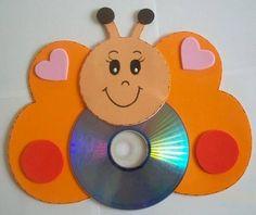 Farfalla con CD riciclati