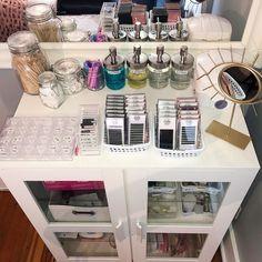 Home Spa Room, Spa Room Decor, Beauty Room Decor, Home Beauty Salon, Beauty Salon Decor, Beauty Bar, Eyelash Studio, Tech Room, Esthetics Room