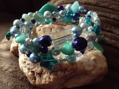 Memory wire blue waters pearl bead and glass bead bracelet £5.00