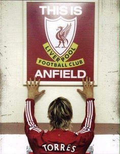 Fernando Torres, A lot of good memories on my return to Anfield! Stadium Wallpaper, Liverpool Fc Wallpaper, Liverpool Wallpapers, Liverpool Team, Anfield Liverpool, Liverpool Champions, Best Football Team, Football Soccer, Football Players
