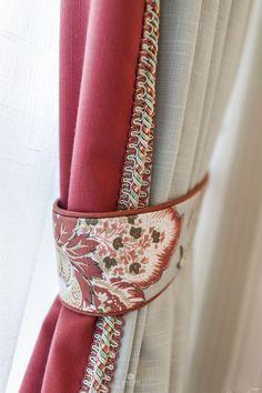 details: drapery edge and tieback