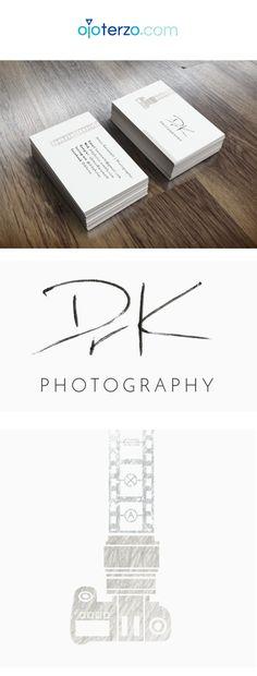James (Dr.K) es un científico inglés que decidió perseguir su otra pasión: ¡La Fotografía! Y para ayudarse solicitó a Ojo Terzo digitalizar su firma a modo de logotipo (para poder marcar sus proyectos). James entendió que un fotógrafo serio debe tener un diseño profesional en su branding ya que sus clientes potenciales relacionan toda su imagen con la calidad de su trabajo. #fotografo #photographer #tarjetas #presentacion #ojoterzo