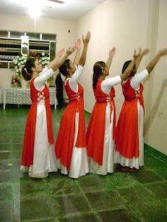 No mês de novembro acontecerá a festa dos jovem na nossa igreja e eu estou buscando inspiração para o nosso vestido de coreografia Cada um... Praise Dance Wear, Praise Dance Dresses, Worship Dance, Dance Shirts, Dance Tops, Beautiful Costumes, Dance Fashion, Dance Outfits, Dance Costumes
