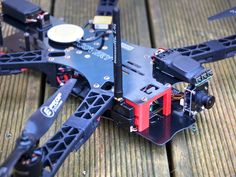 TBS Unify Vtx Side Mount for TBS Discovery by infiniteFPV also can be used with other small compact Vtx. Designed while re-building TBS Discovery Drone Quadcopter, Drones, Tbs, Radio Control, Rc Cars, Arduino, Discovery, 3d Printing, Electronics