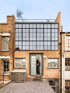 Domus Nova - EASTENDERS - Private east London residential extension - a section for the green house Warehouse Apartment, Warehouse Living, Warehouse Home, Warehouse Design, Architecture Renovation, Industrial Architecture, Residential Architecture, Architecture Design, Sustainable Architecture