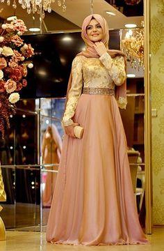 Turkish soirée dress by Pınar Şems  Hijab  lady Muslimah