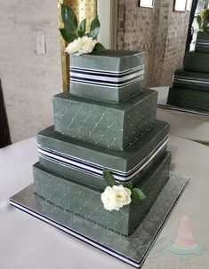 Beautiful modern masculine wedding cake for two lovely grooms Masculine Wedding, Green Cake, Navy And White, Wedding Cakes, Decorative Boxes, Grooms, Cake Ideas, Beauty, Beautiful