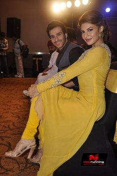Jacqueline Fernandes Performs At Ramaiya Vastavaiya Song Launch