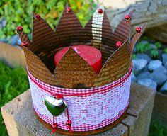 die 16 besten bilder von deko kronen crowns tin cans. Black Bedroom Furniture Sets. Home Design Ideas
