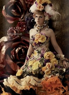 Stella De Libero: this dress reminds me of my favorite friend and precious spiritual mentor, Rosie. She loves these bright, bold colors. Wedding Dresses 2014, Colored Wedding Dresses, Designer Wedding Dresses, Wedding Gowns, Stunning Dresses, Beautiful Gowns, Fancy Gowns, Fairytale Dress, Full Skirt Dress