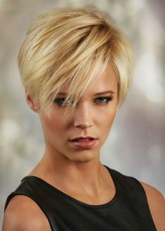 30 Best Short Haircuts for Fine Hair: Short Blonde; Haircuts For Fine Hair, Short Hairstyles For Women, Messy Hairstyles, Straight Hairstyles, Bob Haircuts, Ladies Hairstyles, Evening Hairstyles, Updos Hairstyle, Brunette Hairstyles