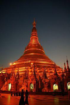 """""""Shwedagon Paya"""" pagoda at sunset, Myanmar.  © Eric Lafforgue"""