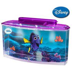 """Este divertido y decorativo acuario de agua fría, está basado en la película se Disney """"Buscando a Dory"""" y es el regalo perfecto para iniciar a los niños en la apasionante afición de la acuariofilia."""