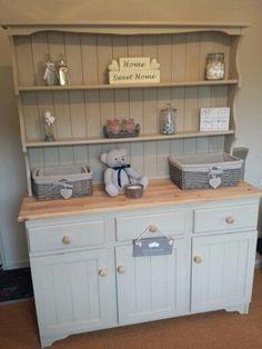 Welsh dresser in Annie sloan country grey Pine Furniture, Shabby Chic Furniture, Furniture Projects, Furniture Makeover, Furniture Decor, Shabby Chic Kitchen, Shabby Chic Homes, Kitchen Decor, Kitchen Ideas