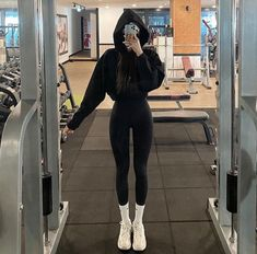 Aesthetic Body, Workout Aesthetic, Aesthetic Clothes, Skinny Inspiration, Fitness Inspiration Body, Ideal Body, Perfect Body, Look Kylie Jenner, Summer Body Goals