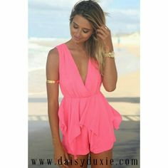 LOVE this new Splicing Tie-Up Sleeveless #Romper only $15.91❤ | WWW.DAISYDUXIE.COM