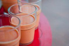 'Gazpablanco' (sopa fría de tomate y almendra)
