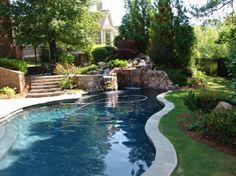 Gartengestaltung Ideen Pergola Garten Pool Und Feuerstelle Liegen ... Eine Feuerstelle Am Pool