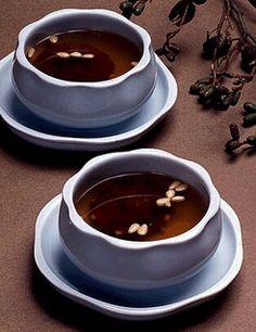수정과 Sujeonggwa (Dried Persimmon, Cinnamon, and Ginger Tea, excellent served cold!)