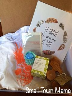 Small Town Mama: A Little Bundle April 2014 Review