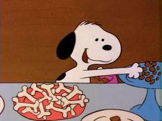 Photo by Jennifer Benningfield Cartoon Profile Pics, Cartoon Pics, Cute Cartoon, Snoopy Images, Snoopy Pictures, Snoopy Love, Snoopy And Woodstock, 90s Cartoons, Animated Cartoons